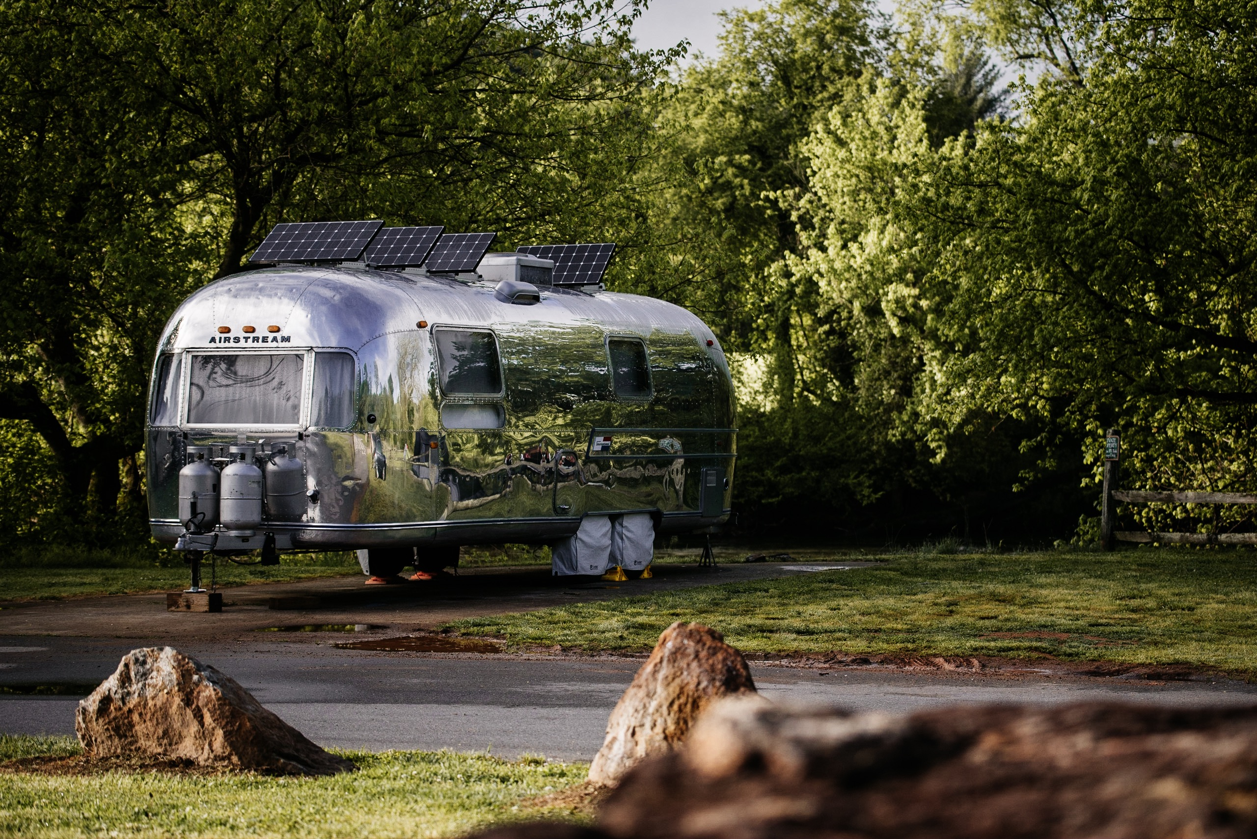 The Silver Egg is for Sale - 1969 Airstream Overlander 27